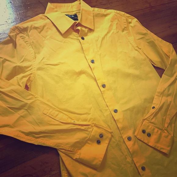 Yellow/Gold Men's Apt. 9 Button Down Shirt